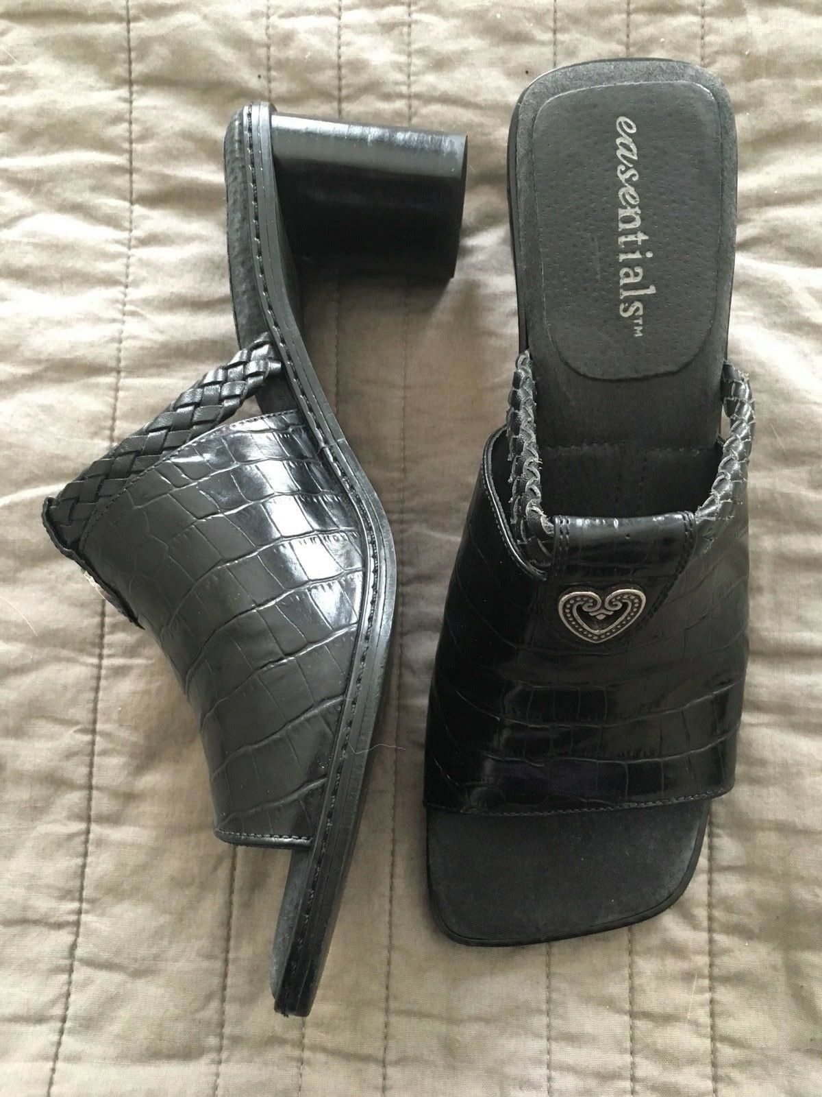 Etienne Aigner Easentials Size 7.5 M Black Leather Clog Silver Heart Charm EUC