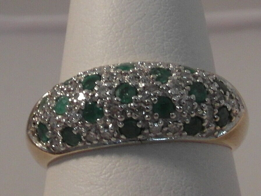 645F LADIES 9CT gold EMERALD AND DIAMOND RING SIZE M 1 2