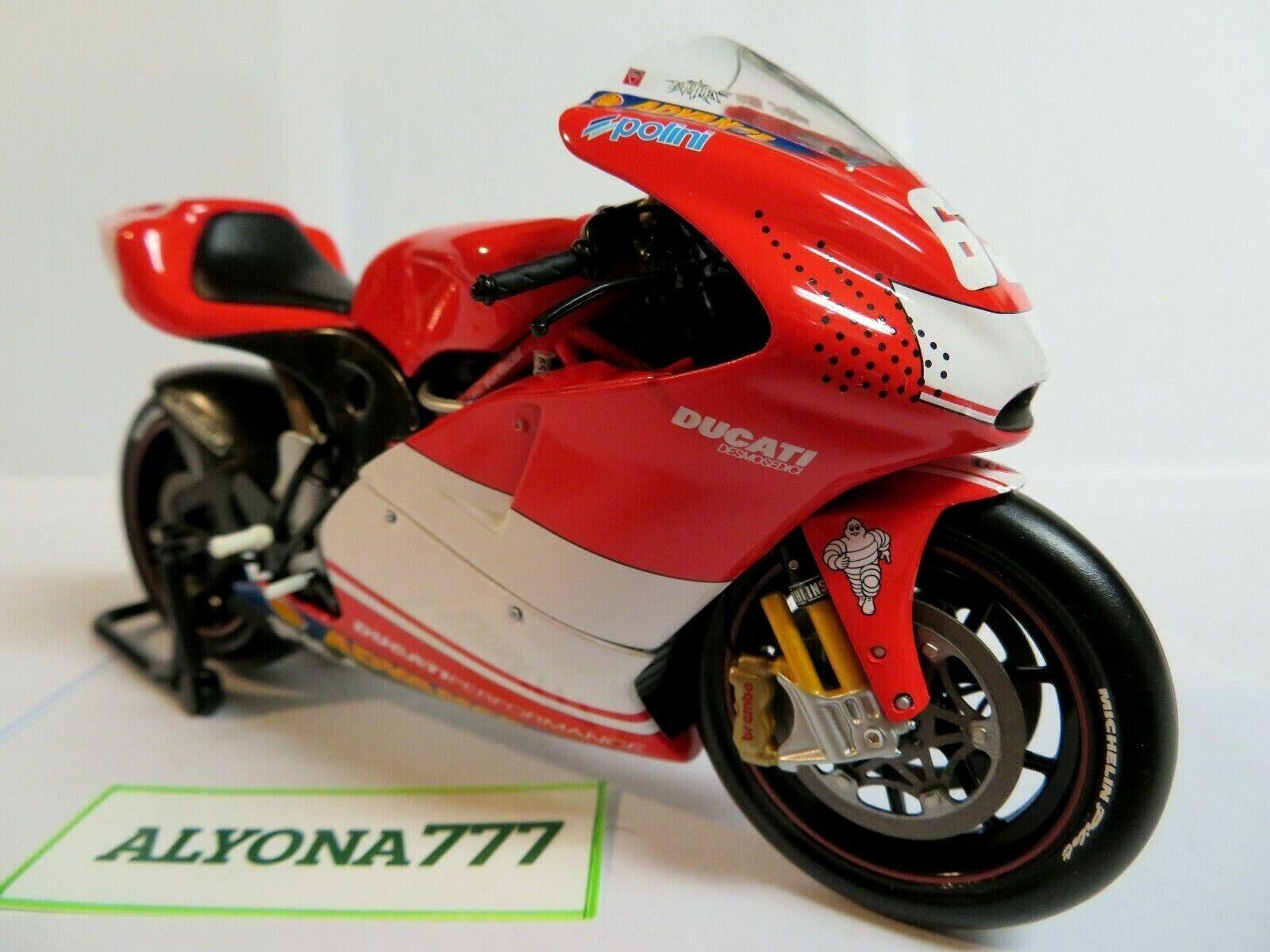 MINICHAMPS 1 12 Ducati Loris CAPIROSSI MOTOGP 2003 Moto Moto Vélo  Rare