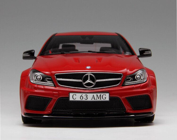 Mercedes Benz c63 - C204 edición limitada Roja gt065 - 1  18 GT Spirt