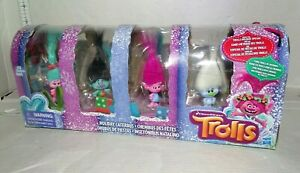 Dreamworks TROLLS HOLIDAY CATERBUS w//8 figures Poppy Branch Guy Diamond Biggie+