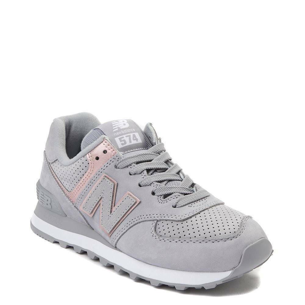 NEW Womens New Balance 574 Athletic shoes Silver Champagne