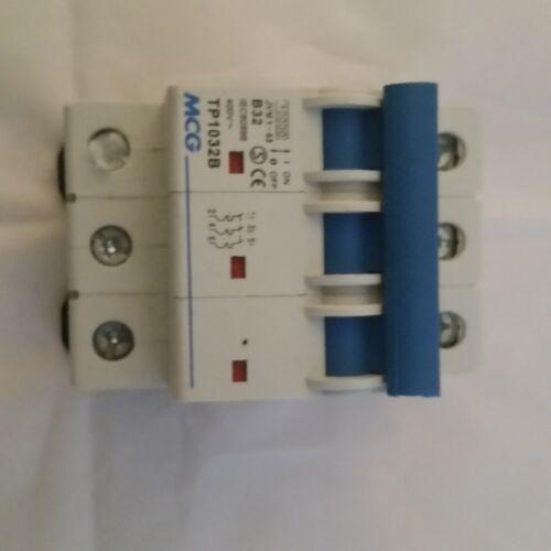 MCG Triple Pole MCB divers Amp notes 25amp 40amp 50amp 9925b 9940 C