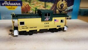 HO-Athearn-CNW-caboose-car-for-train-set-New-RTR-series-metal-wheels