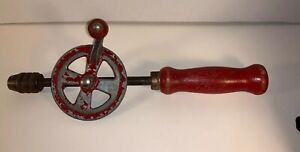 Vintage-Newton-Crank-Drill-Egg-Beater-Style-Red-Wood-Handle