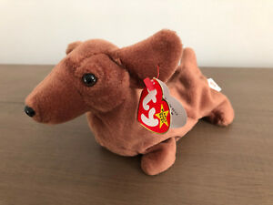 dc74e95a681 TY BEANIE BABY RETIRED 1995 WEENIE THE DOG STYLE  4013 MINT ...