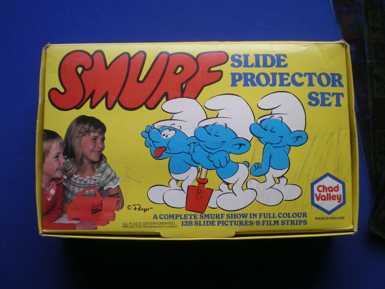 The Smurfs Slide Projector Set   - Chad Valley - UK    1979