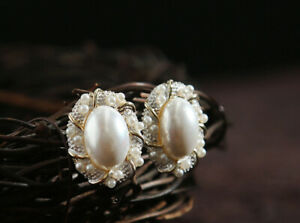 B12-Gold-Plated-Earrings-Large-Oval-Pearl-Surrounded-From-Small-Beads