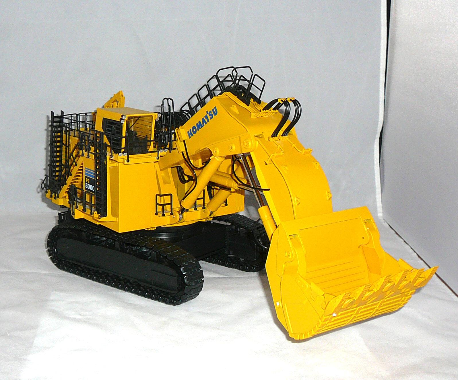 Komatsu PC 8000-6 électrique avec hochlöffel-Chenilles Excavatrice mesure 1 50