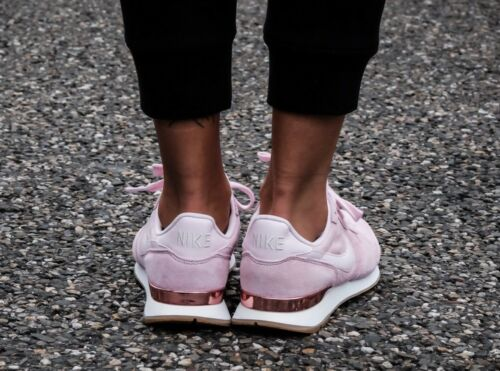 919925 Eu Suede Uk 44 29cm Pink Prism Nike Internationalist 5 Sd Nuevo 9 5 600 vwEtpH