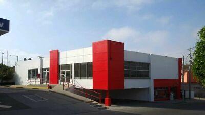 Se rentan locales comerciales en Centro Comercial Santa Fe