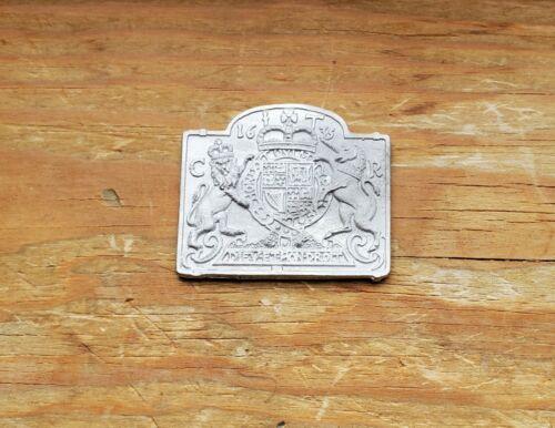 Dollhouse Miniature  Fireback for Fireplace Metal Unpainted 1:12 Scale