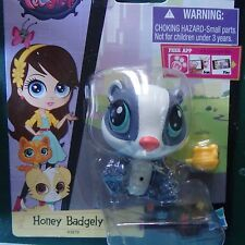Littlest Pet Shop NEW Deco accessories Honey Badgely badger #3879