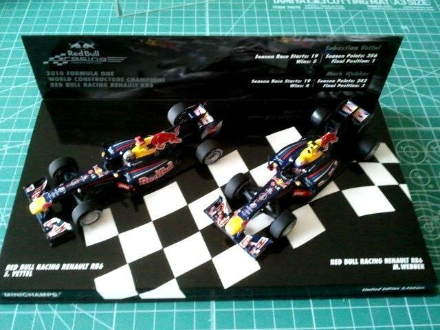 Sebastian VETTEL - MINICHAMPS 412100506 - RED BULL RB6 - WORLD CHAMPION