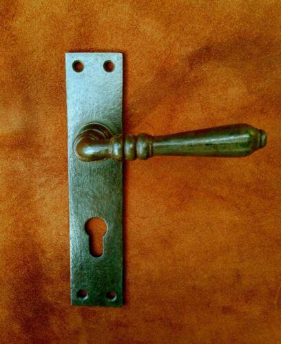 Türbeschlag-Garnitur Haustür-Klinken wie historische Beschläge Antik-Eisen PZ 72