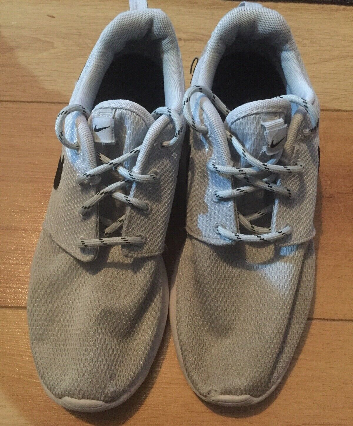 Nike Roshe One Wmns UE 40,5 US 9, UK 6.5 Chaussures Pointure 511882-081 Chaussures De Sport
