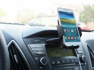 universal car cd slot smartphone holder mount best for uber lyft drivers ebay. Black Bedroom Furniture Sets. Home Design Ideas