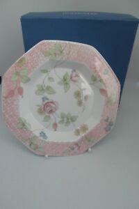 Wedgwood-Rosehip-Trinket-Dish-Octagonal-Boxed-Bone-China-1st-Quality