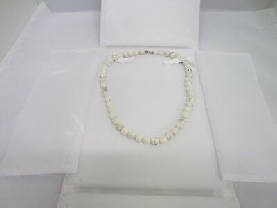 Details about  /White Faux Leather Necklace Pendant Display Box Chains Beads Pearls Folder