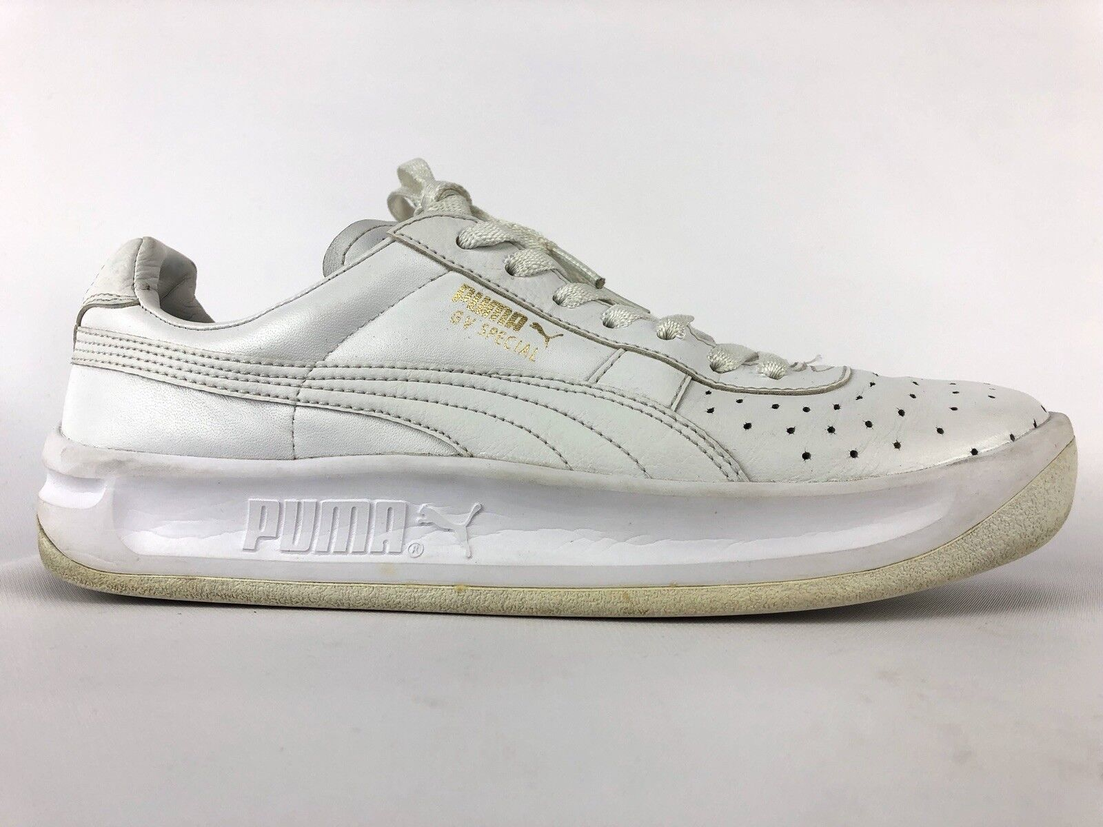 Puma Men's White Leather GV Special Lace-up Sneaker Size 8.5