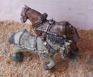 2-shire-horses-harness-F72-UNPAINTED-OO-Scale-Langley-Models-Kit-1-76-Animals