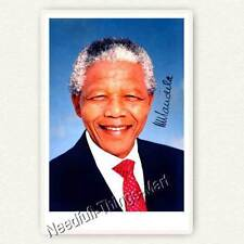 Nelson Mandela (1918–2013) - Autogrammfotokarte / Autograph 10x15cm [A01] 
