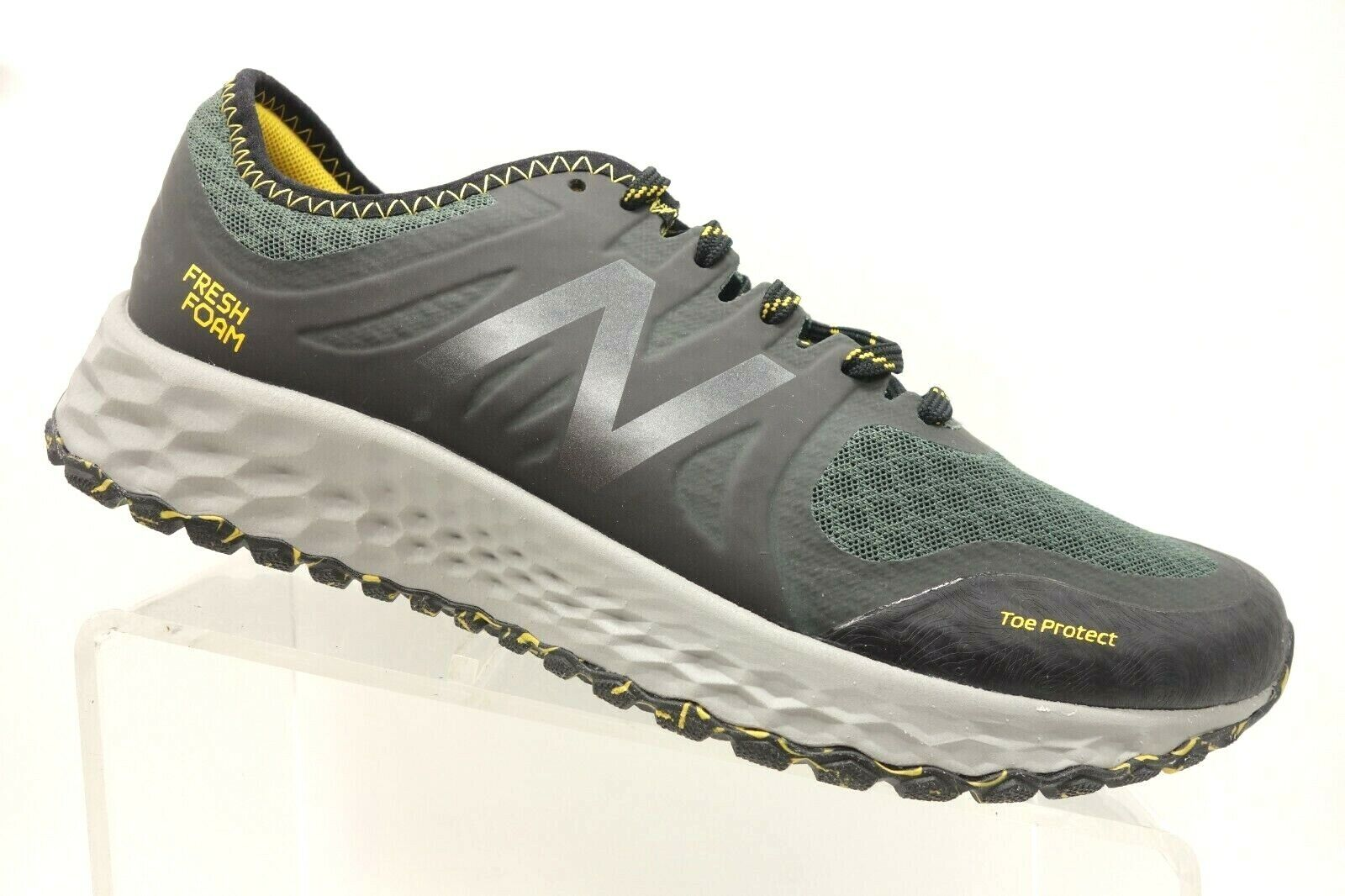 New Balance All Terrain Black Green Athletic Hiking Trail shoes Men's 9.5 D