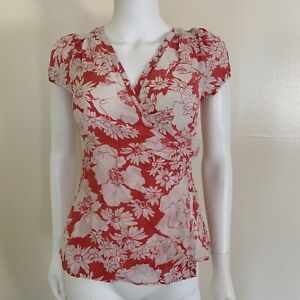 Banana-Republic-Womens-Red-amp-White-Flowers-Short-Sleeve-Wrap-Blouse-Sz-S