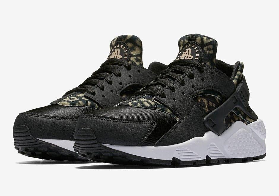 Nike Air Huarache Women's SZ 6.5 Running shoes