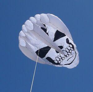 Giant-034-Dead-Guy-034-ripstop-nylon-kite-w-line-bag-winder-New-from-GKites-com