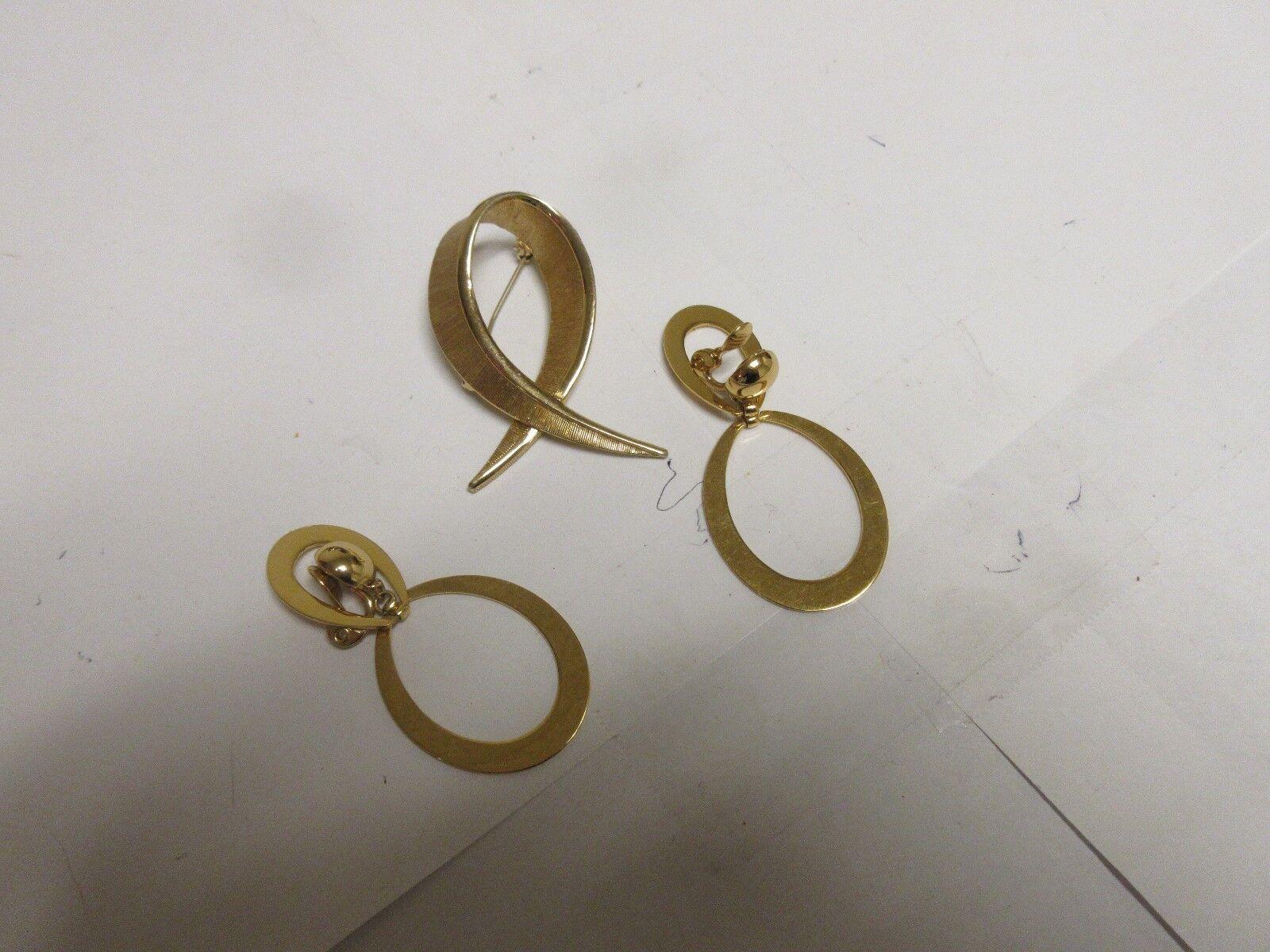 "Costume Jewelry ,Vintage, Pin , Earrings , 2 1/4"" X 1 1"