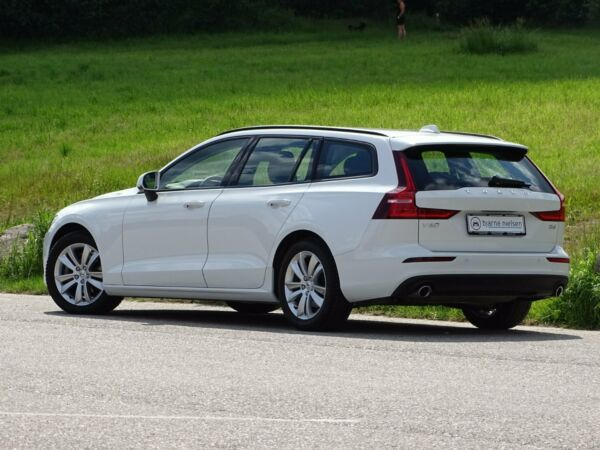 Volvo V60 2,0 D4 190 Momentum aut. billede 3