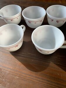 Set-of-5-Milk-Glass-CORNING-Corelle-Pyrex-Burgundy-Rose-Pattern-Coffee-Tea-Cups