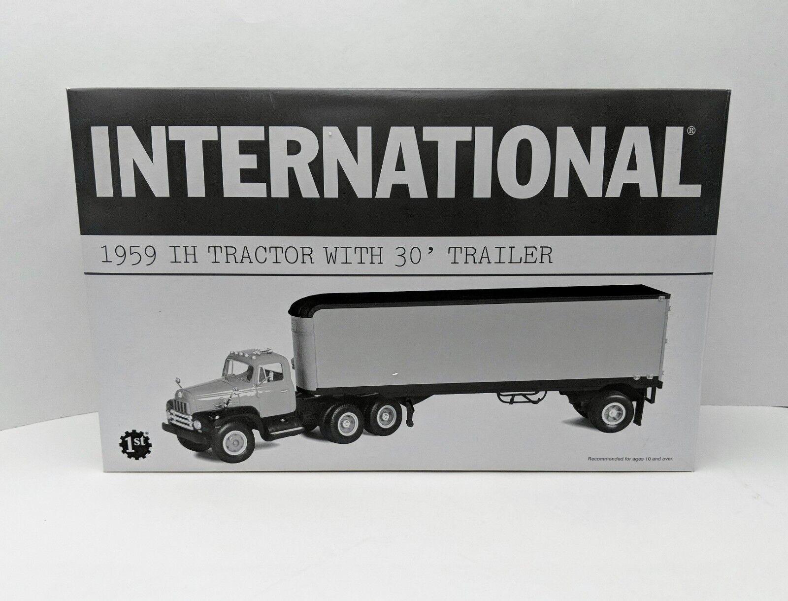 Der erste internationale 1959 in traktor mit anhänger 30  - strecke - neu