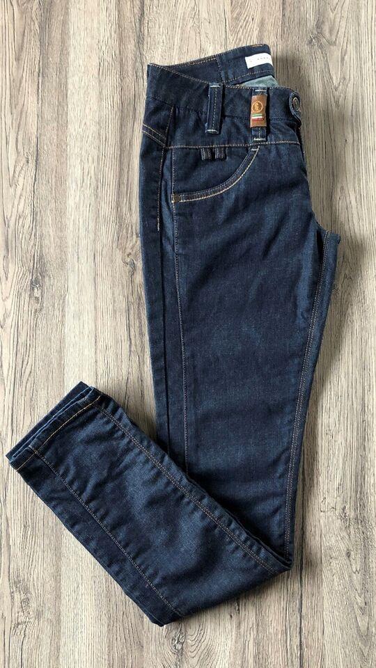 Jeans, Object , str. 25