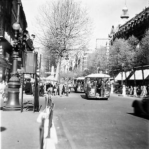 PARIS-c-1950-Policier-Autobus-Circulation-Commerces-Negatif-6-x-6-N6-P149