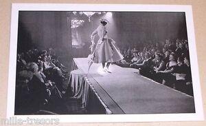 Carte-Postale-Photo-Frank-HORVAT-PARIS-FASHION-SHOW-1951-Mode-Edition-1995