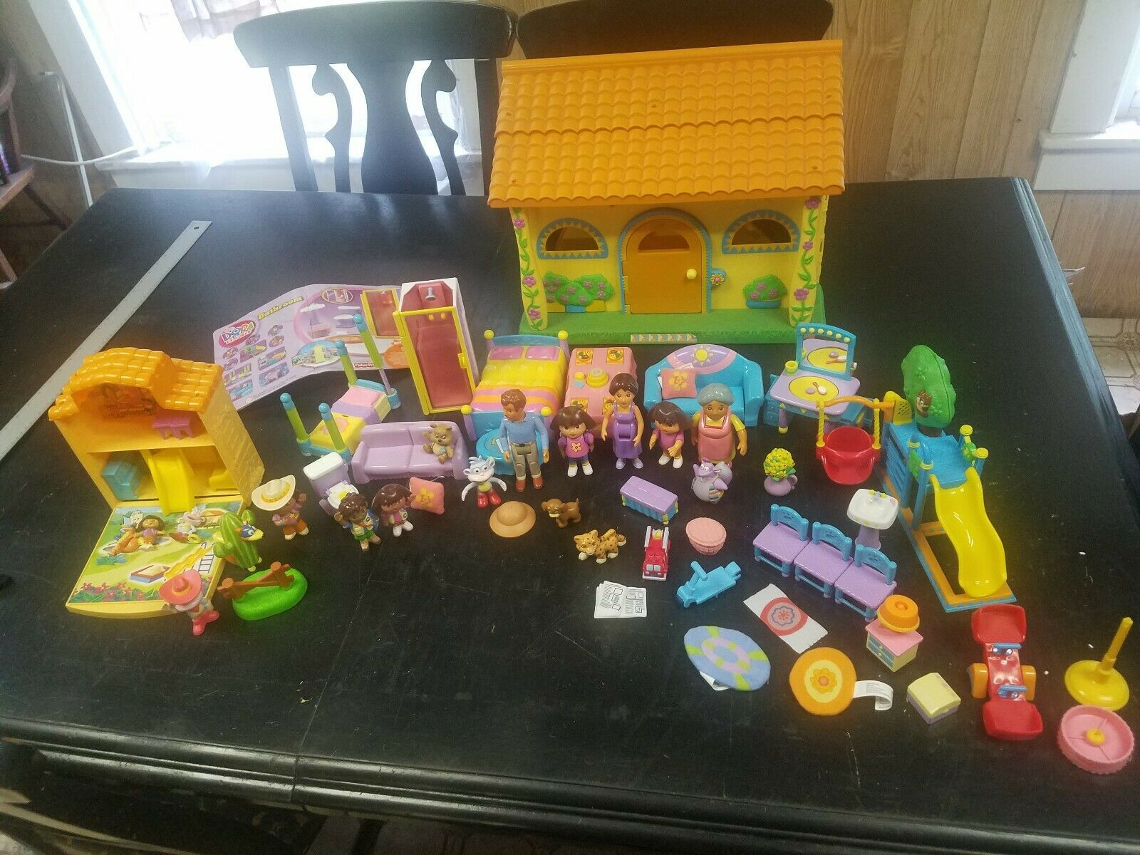 Dora the Explorer Play house with Accessories