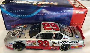 kevin-harvick-1-24-2001-race-win-diecast