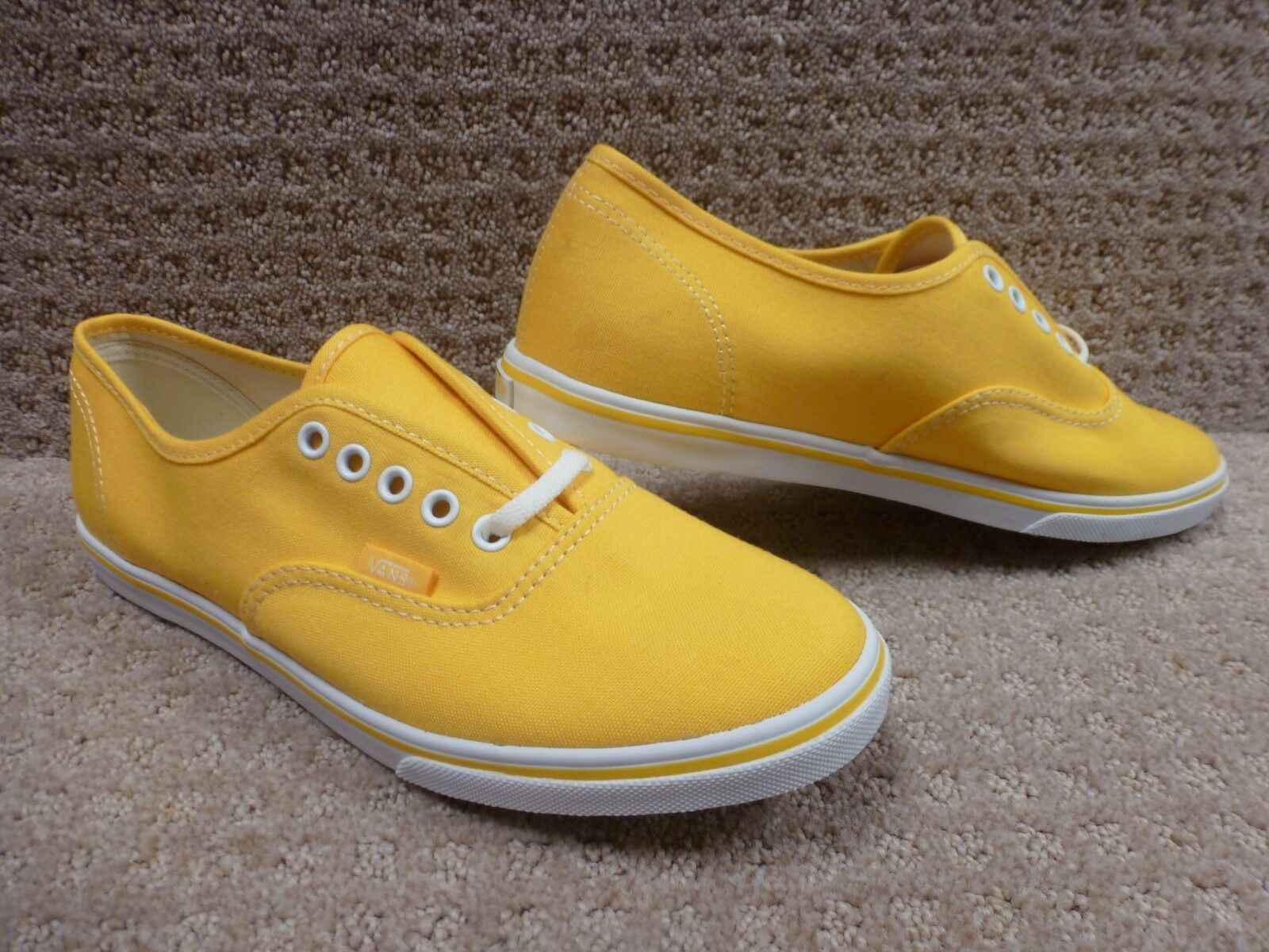 Vans Men's shoes Authentic Lo Pro --Daffodil True White