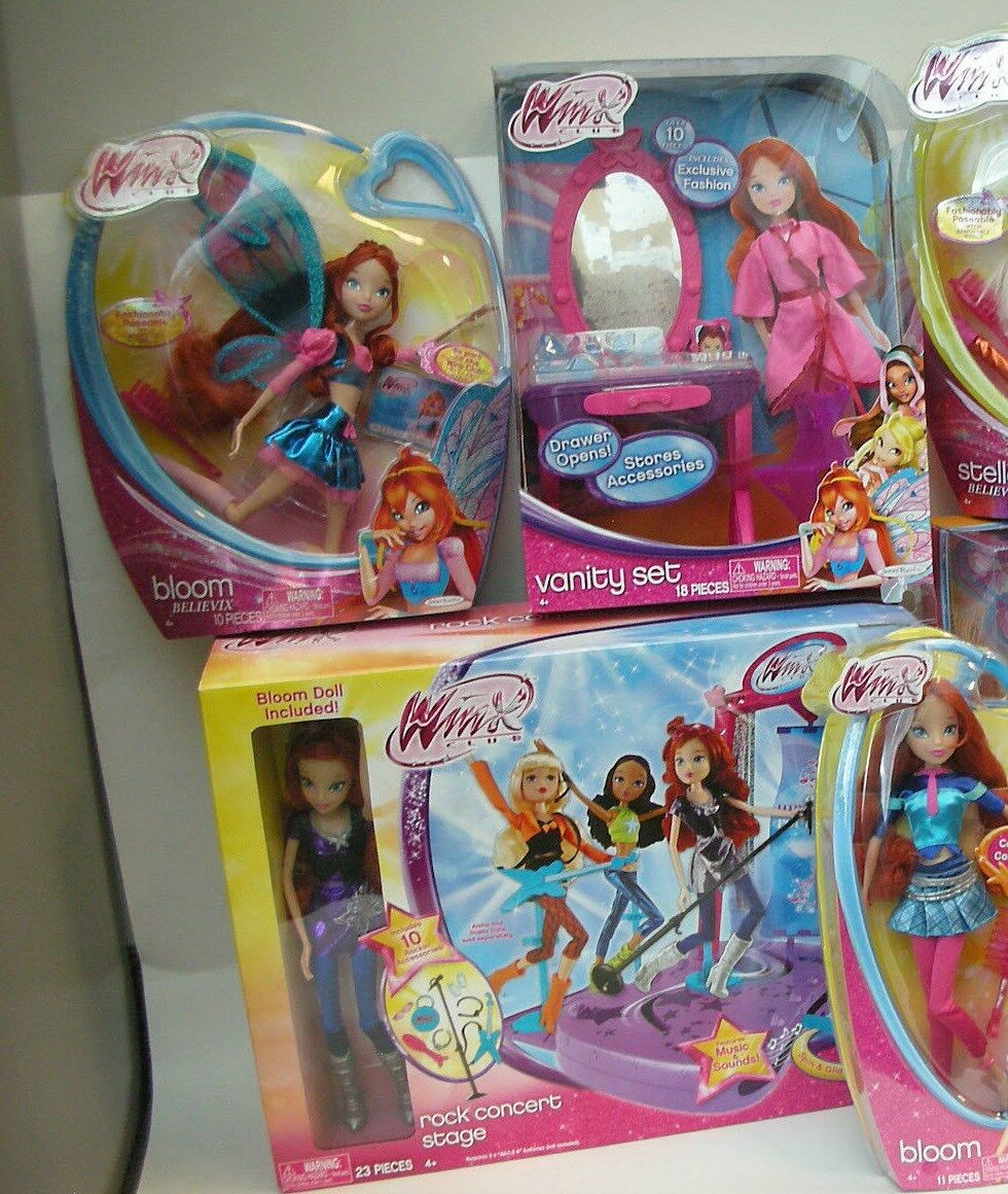 Winx Club Collection Set of 4 Bloom  EVERYTHING YOU SEE IS INCLUDED