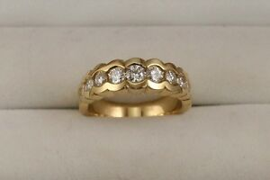Ladies-Diamond-Scalloped-Design-Anniversary-Wedding-Band-14kt-Yellow-Gold