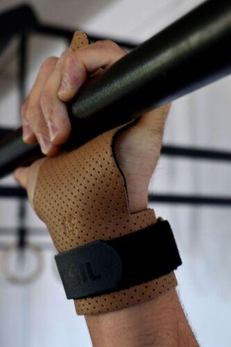 Hand grips PICSIL AZOR 3 HOLES hand grips for gymnastic men women