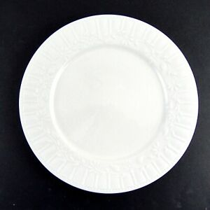 Pfaltzgraff Everyday Raleigh Dinner Plate Embossed Floral Vine Creamy White