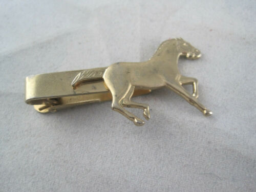 Horse Cuff Links  Horse Racing  Equestrian  Vintage 1940s Anson  Reverse Carved Intaglio  Mens