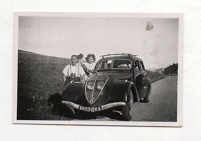 PHOTO ANCIENNE Snapshot Voiture Automobile Auto Peugeot Vers 1940 Gamme 202 402