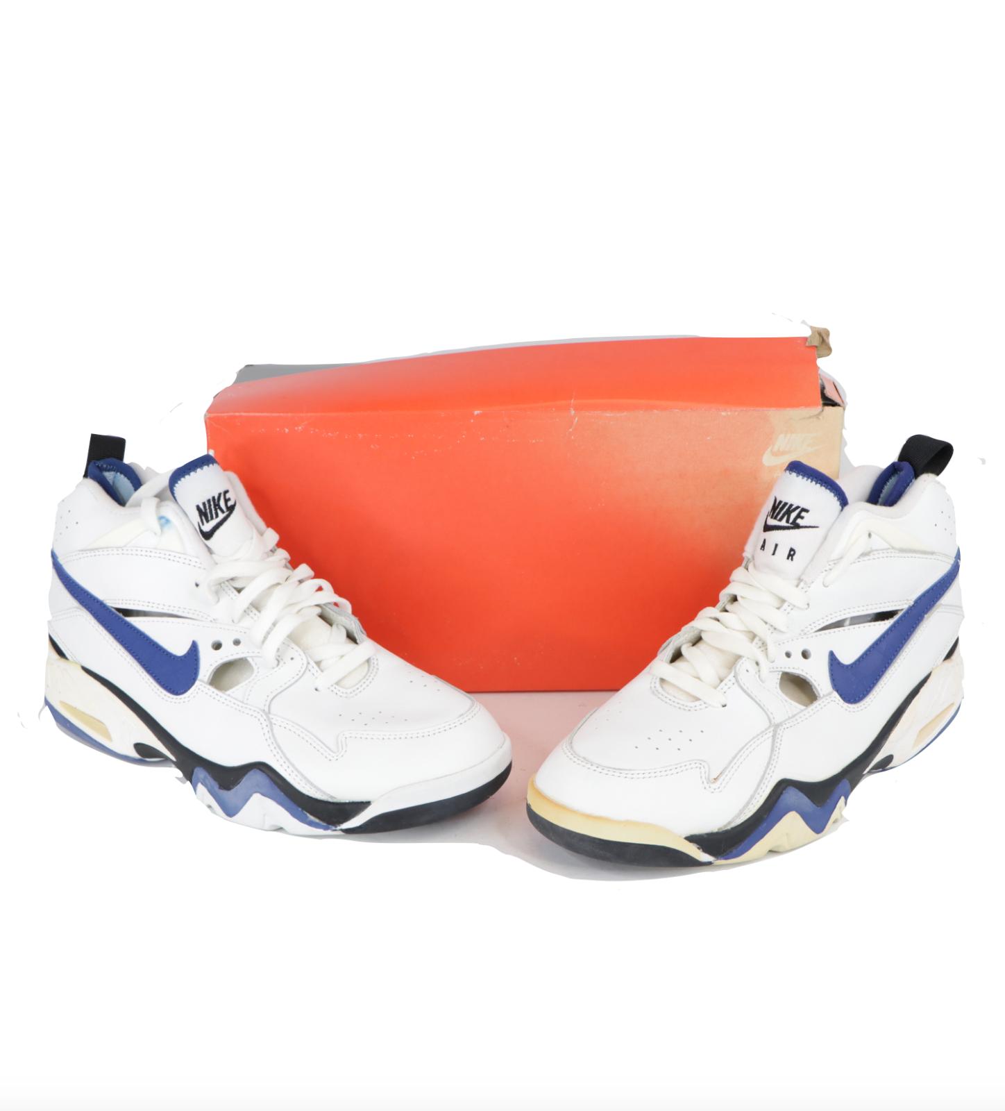 NOS Vintage 90s Nike Air Swift