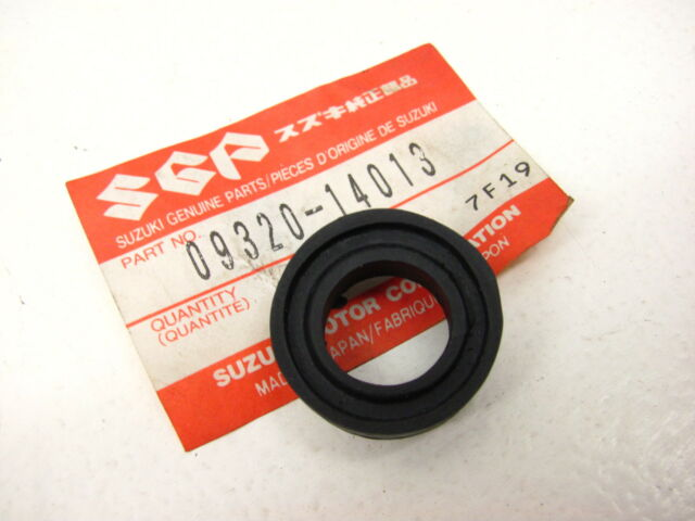 NOS Suzuki FUEL TANK CUSHION LS650 VS800 VS1400 DR 125 200 250 350 650 GS SP GR