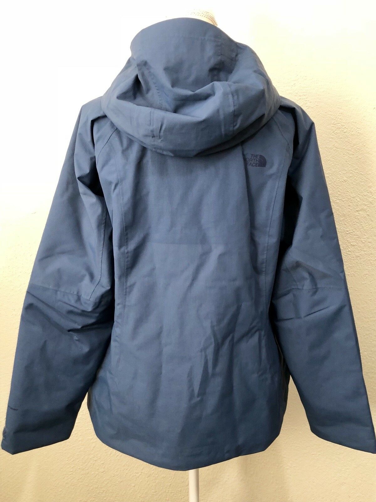 d5194718f The North Face Woman's Fuseform Montro Insulated Jacket Shady Blue Size XL