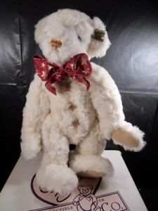 Annette Funicello~ Twinkle Twinkle Little Star ~ Boxed With Papers Musical Bears Annette Funicello